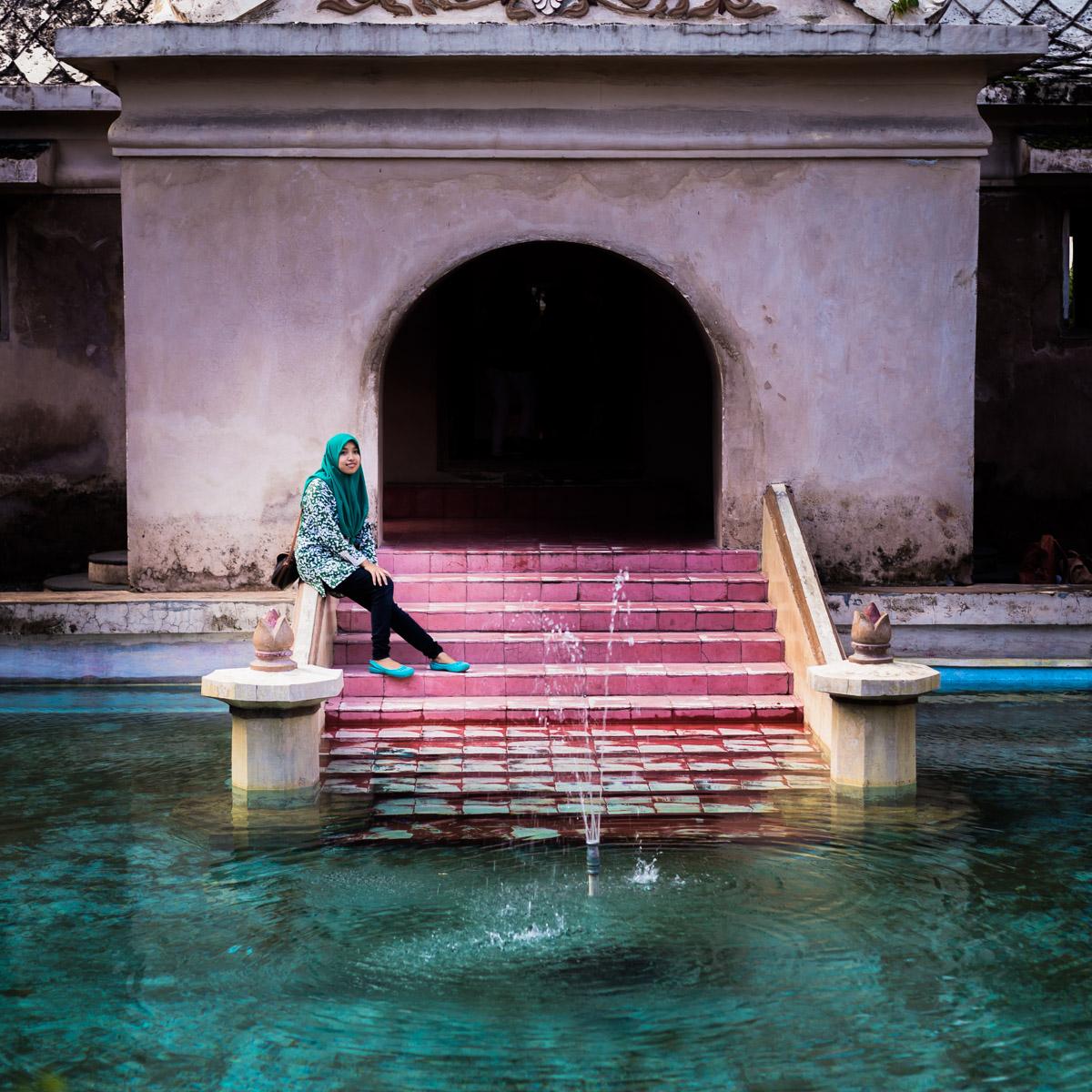 Les bassins dans le château d'eau Taman Sari, Yogyakarta