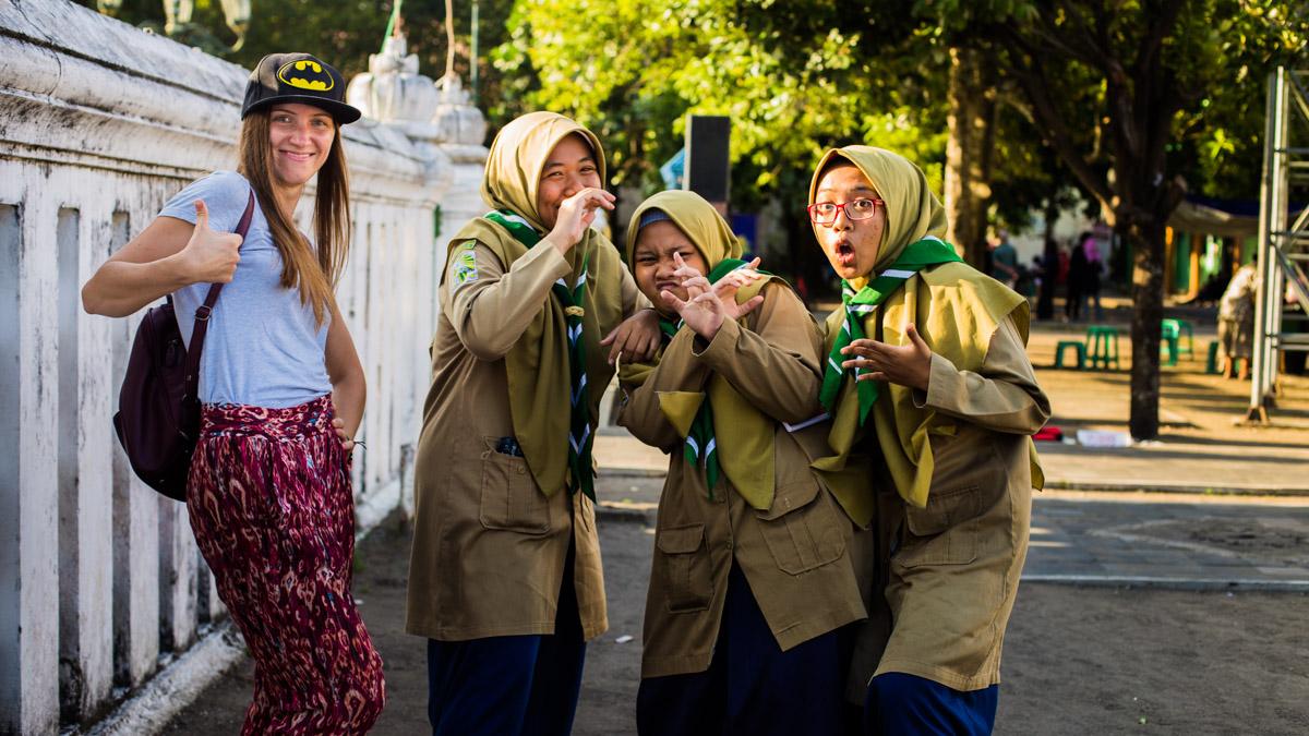 Les scouts et Batman, Yogyakarta