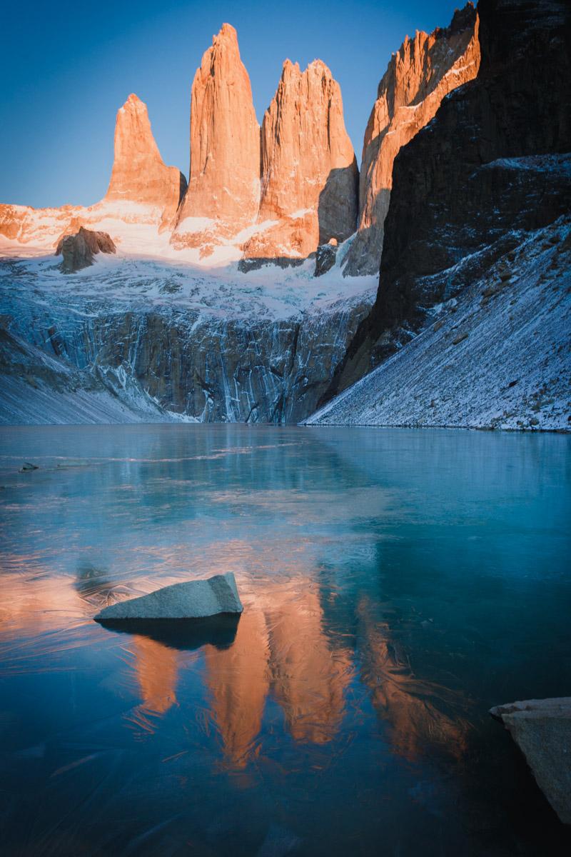 Рассвет, парк Торрес дель Пайне, Чили