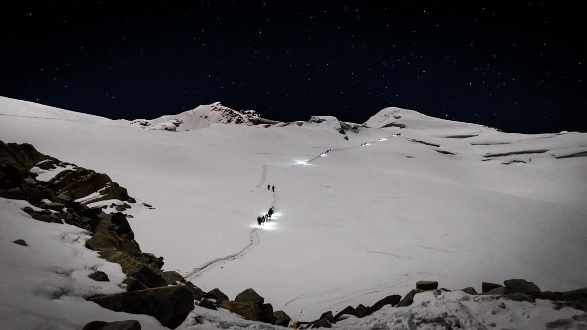 C'est parti pour l'ascension à 2h du matin, Huayna Potosi
