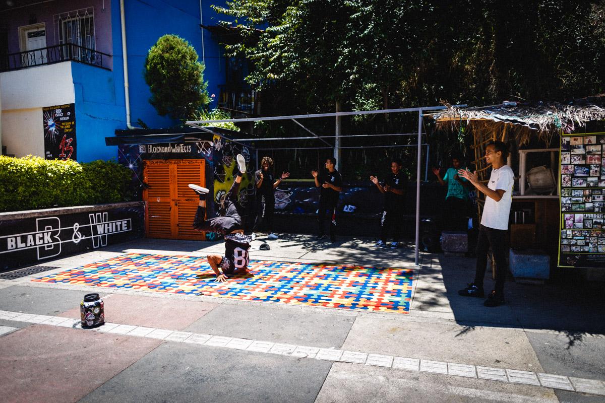 Брейк данс, Комуна 13, Медельин
